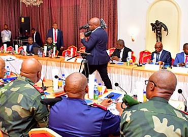 Le président de la République préside un conseil supérieur de la défense à Lubumbashi